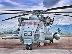 Sikorsky CH-53 Sea Stallion (aleks_cal) Tags: sikorsky sikorskych53 seastallion usmarines us usa marines costarica sanjose airport sjo mroc chopper aviation militar helicopter