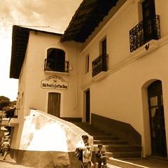 Calles de TAXCO. Taxco Guerrero, México (Emri Muardi) Tags: taxco guerrero plata calles méxico visitméxico callejoneada