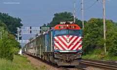 Out of the Blue (tim_1522) Tags: railroad railfanning rail illinois il bnsf burlingtonnorthernsantafe bn racetrack metra commuter f40phm2 f40ph3 chicago sub subdivision passenger