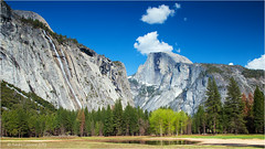 Yosemite (Sandra Lipproß) Tags: spring springtime mountains trees yosemitevalley yosemite nationalpark california meadow sky sunny green blue halfdome nature landcape outdoors outside usa travel clouds