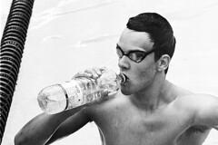 Training (tiltdesign2016) Tags: olympusom2n tokina135mm analogphotography bw rolleirhsdc19 kodaktrix400 plustekopticfilm7600ise sport schwimmbad schwimmen wuppertal wasserfreundewuppertal1883ev olympiavorbereitung portrait