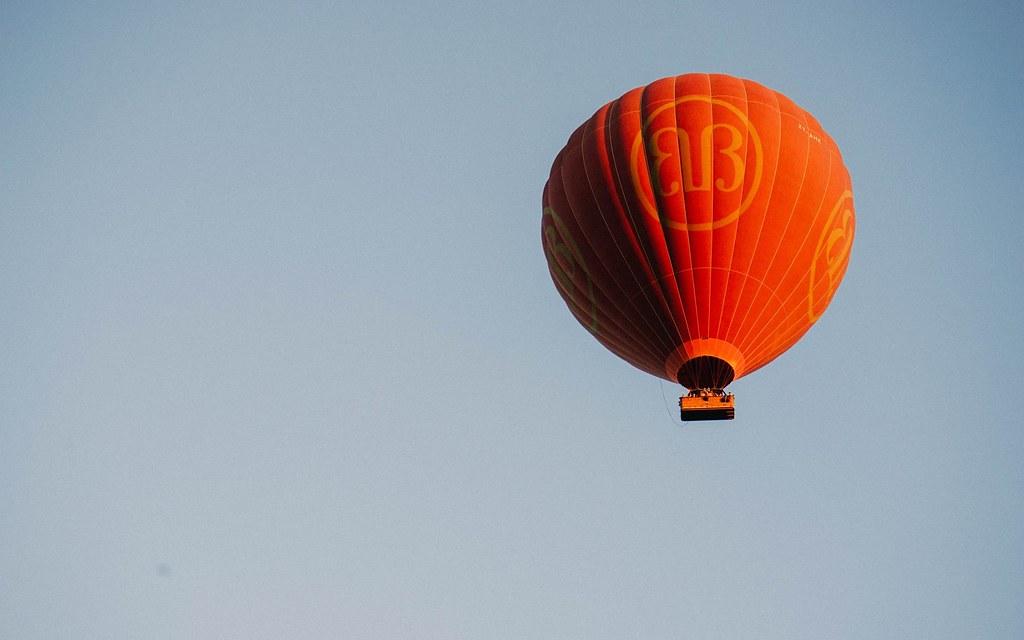 Khinh khí cầu ở Bagan