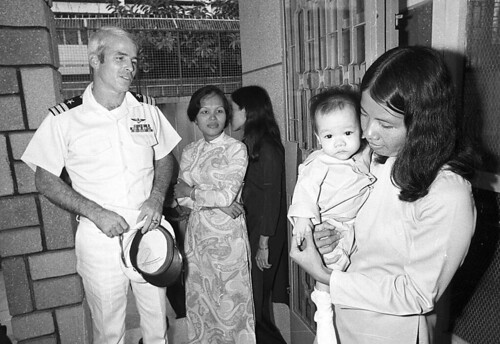 VIETNAM WAR ORPHANAGE MCCAIN