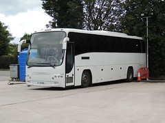DSCN9748 Andrew's, Tideswell T4 FEG (Skillsbus) Tags: buses coaches england andrews tideswell derbyshire peakdistrict t4feg volvo plaxton panther b12b tx06nex truronian firstdevoncornwall bullocks aircoach 06d120367