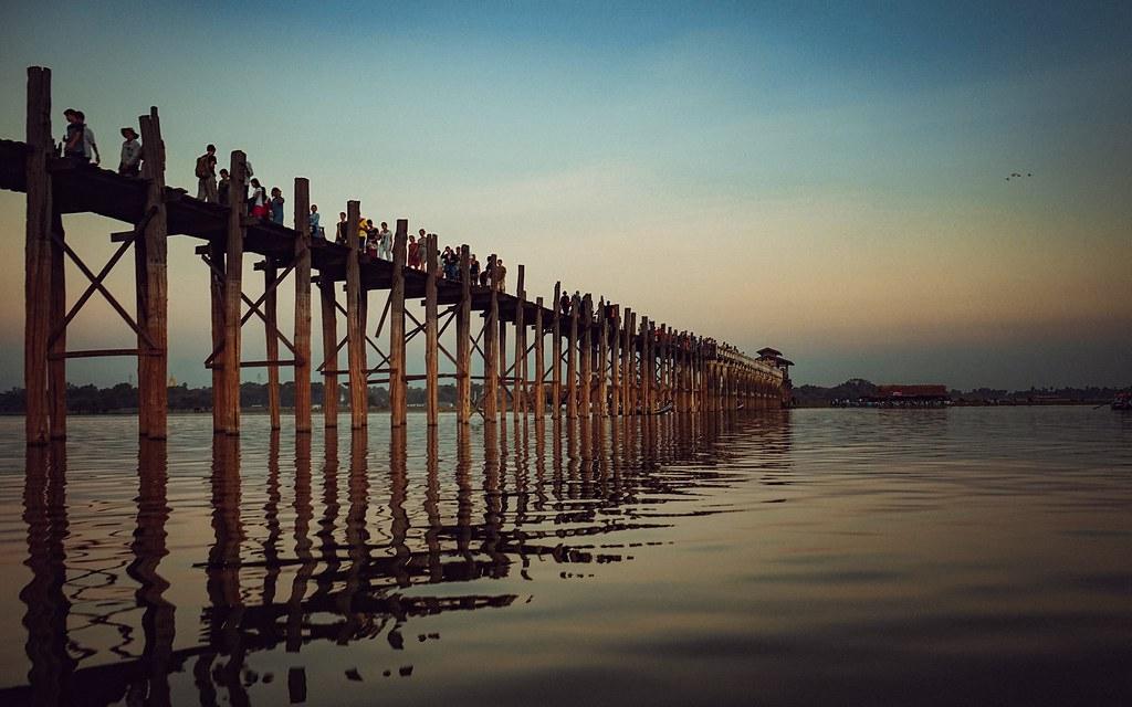 Cầu U Bien mặt trời lặn