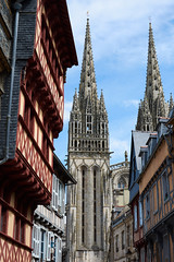 The cathedral, Quimper, France (Thibault Gaulain) Tags: bretagne brittany france nikon d7200 tamron 100 400 100400 summer été quimper ville city old cathedral outdoor outside building architecture religion christian middle age
