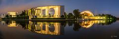 Berlin Kanzleramt zur blauen Stunde (Martin Zurek) Tags: berlin night panorama pano spiegelung landscape explore architecture architektur