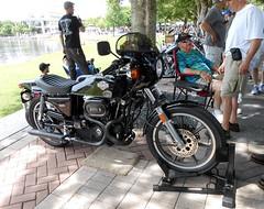 AMF Harley -- Riding Into History -- May, 2019 (Zoom Lens) Tags: vintagemotorcycles bike motorcycle ridingintohistory worldgolfhalloffame saintaugustineflorida may2019