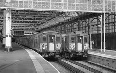Open and shut on the southern (DH73.) Tags: london waterloo class 455 4hit emu 5714 5847 minolta dynax 600si classic 3570mm f4 zoom ilford delta 400 id11