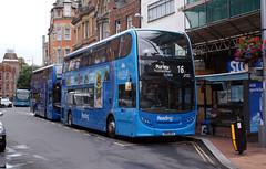 berks - reading buses 226 town centre 07-8-19 JL (johnmightycat1) Tags: bus reading berkshire