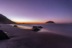 Praia de Abricó - Rio de Janeiro (mariohowat) Tags: longaexposição praiasdoriodejaneiro praiadeabricó amanhecer sunrise alvorada nascerdosol canon brazil brasil natureza riodejaneiro