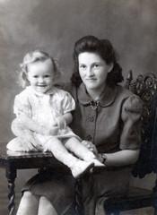 IMG_0006 (photographer695) Tags: geoff spafford rip old bw family photos sandra