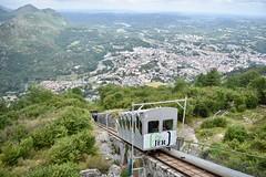 Lourdes (Pic du Jer) - Funiculaire - 31/07/19 (Jérémy P.) Tags: lourdes tarbeslourdespyrénées hautespyrénées occitanie funiculaire funiculairedupicdujer cabine rails
