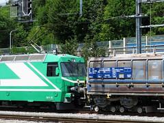 Gare de Morges (portemolitor) Tags: cantondevaud morges gare transportsdelarégionmorgesbièrecossonay bièreapplesmorges mbc bam transports de la région bière cossonay apples locomotive loco