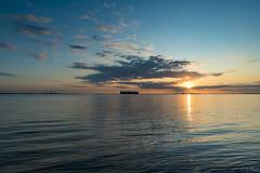 Westerschelde (Omroep Zeeland) Tags: westerschelde waarde wolken wolkenlucht scheepvaart zonsondergang sunset