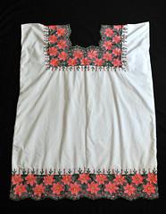Hipil Huipil Maya Yucatan Mexico Textiles (Teyacapan) Tags: mexican textiles ropa huipils clothing yucatec flores embroidery flowers hipil