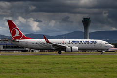 Turkish Airlines 737-800 (Martyn Cartledge / www.aspphotography.net) Tags: air aeroplane aero 737800 plane airplane photography fly flying airport wings edinburgh aircraft aviation transport flight jet civil airline boeing asp edi airliner airfield turkishairlines wwwaspphotographynet tcjvy flywinglets