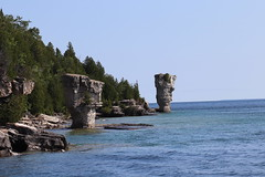Big and Small Flowerpots of Sea Stacks (daveynin) Tags: rockpillars seastack geology island blueheroncruises fathomfive nationalmarinepark brucepeninsula flowerpot bay georgianbay