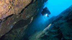 Cave (YellowSingle 单黄) Tags: aroca aroka tikia scuba dive diving diver plongeur plongée sousmarine ocean atlantic atlantique saint jean de luz socoa foc tec pays basque