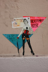 """Brexcitement Vôtre"" (Sandrine Ducros) Tags: paris streetart city ville mur wall collage brexit queen urban"