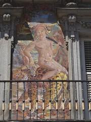 (Joan Pau Inarejos) Tags: madrid españa capital ciudad verano agosto agost estiu 2019 viaje córdoba personajes balcón ventana plaza mayor madridciudad madridcapital