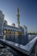 Cultural diversity (marko.erman) Tags: sheikhzayed grandmosque abudhabi uae emirates mosque religion religious islam monument masterpiece architecture modern culturaldiversity sony wideangle travel popular sunny lateafternoon backlight