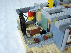 70840 - step3 training hall zoom (fdsm0376) Tags: lego set review movie 70840 apocalypseburg welcome liberty statue postapoc emmet lucy wildstyle batman green lantern harley quinn scribble cop decay