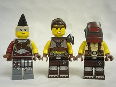 70840 - random warriors (fdsm0376) Tags: lego set review movie 70840 apocalypseburg welcome liberty statue postapoc emmet lucy wildstyle batman green lantern harley quinn scribble cop decay