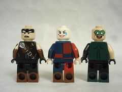 70840 - DC characters back (fdsm0376) Tags: lego set review movie 70840 apocalypseburg welcome liberty statue postapoc emmet lucy wildstyle batman green lantern harley quinn scribble cop decay
