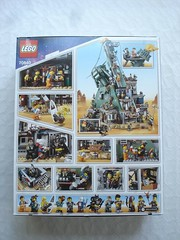 70840 - Box rear (fdsm0376) Tags: lego set review movie 70840 apocalypseburg welcome liberty statue postapoc emmet lucy wildstyle batman green lantern harley quinn scribble cop decay