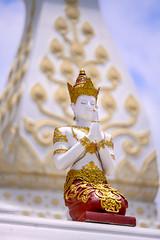 The angel (SLpixeLS) Tags: asia thailand mai watbanden temple buddist วัดบ้านเด่น statue angel pray