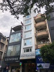 Lucky Star Hotel (Simon_sees) Tags: city asia shopping shops store hotel street streetscape hochiminhcity vietnam