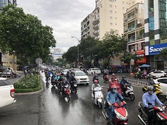 Ho Chi Minh City traffic (Simon_sees) Tags: asia commute rushhour chaotic chaos traffic transport scooter moped motorbike motorcycle bike street streetscape city hochiminhcity vietnam