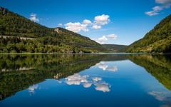 Lac de Sylans (Laetitia.p_lyon) Tags: fujifilmxt2 lac lake reflet reflection ain sylans lacdesylans auvergnerhônealpes hautbugey