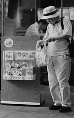 Happy set (Bill Morgan) Tags: fujifilm fuji xpro2 35mm f14 bw alienskin exposurex45 jpeg acros