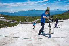 乗鞍大雪渓3・Mt.Norikura (anglo10) Tags: japan 長野県 松本市 雪 snow 山 mountain 乗鞍岳 御嶽山