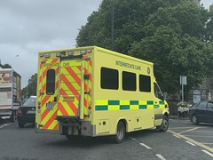 Intermediate Care Ambulance - Rathgar, Dublin. (firehouse.ie) Tags: ireland dublin ambulance ambulances ambulancia ambulanza ambulans krankenwagen ambulancias vehicles vehicle emergency nas hse healthserviceexecutive nationalambulanceservice intermediatecare medical service ems services medics