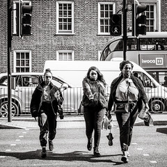 stop! (Gerard Koopen) Tags: london uk straat street straatfotografie streetphotography woman women beautiful pedestrian crossing trafficlight streetlife dailylife blackandwhite blackandwhiteonly monochrome fujifilm fuji xpro2 2019 gerardkoopen gerardkoopenphotography 35mm