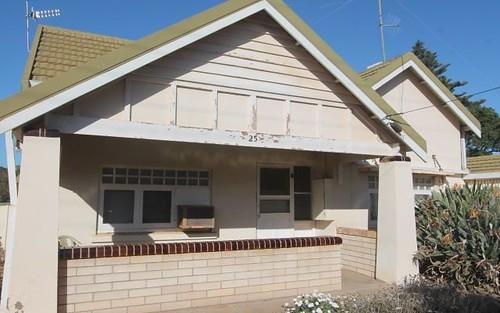 25 First Street, Cowell SA 5602