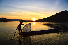 Beautiful (6) (VietNam Beautiful) Tags: nature people fishermen fisherman sky beautiful sunset morning lake boat yellow food water man outdoor life silhouette traditional rural fish net catching myanmar orange travel culture asian agriculture asia transportation recreation landmark conceptual attraction state fishing skill bamboo tourism landscape one rowing span oar burma distinctive tools using fishermans freshwater