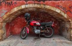 Honda CB (try...error) Tags: cb125 cb250 bike motorcycle decay abandoned kreta rethymno rethymnon greece urbex red rot crete