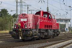 261 085-5 (2) (Disktoaster) Tags: eisenbahn zug railway train db deutschebahn locomotive güterzug bahn pentaxk1