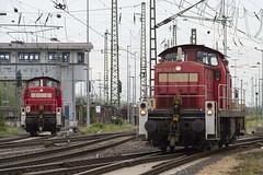 296 051-6 und 296 042-5 (Disktoaster) Tags: eisenbahn zug railway train db deutschebahn locomotive güterzug bahn pentaxk1
