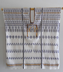 Zapotec Huipil Oaxaca Mexico Textiles (Teyacapan) Tags: sanbartolomeyautepec oaxaca mexico zapotec huipil textiles vestimenta guadalupe museo weavings clothing