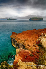 Westman islands, Iceland (My Planet Experience) Tags: heimaey vestmannaeyjar westman islands eldfell maroon volcano water rock north atlantic landscape nature natural iceland is myplanetexperience wwwmyplanetexperiencecom island