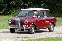 Riley Elf (1967) (Roger Wasley) Tags: 1967 riley elf hcd694e toddington classic car vehicle