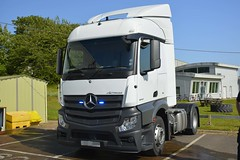 Unmarked HGV (S11 AUN) Tags: devon cornwall police mercedes actros1843 hgv cab tractorunit unmarked anpr traffic car rpu roads policing unit 999 emergency vehicle