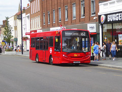 GAL 185 - YX13AJO - ELTHAM HIGH STREET - SAT 3RD AUG 2019 (Bexleybus) Tags: london ahead go eltham goahead se9 street shopping high south centre east route 200 dennis 162 enviro 185 tfl adl yx13ajo