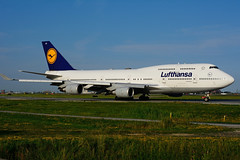 D-ABVX (Lufthansa) (Steelhead 2010) Tags: lufthansa boeing b747 b747400 yyz dreg dabvx