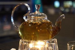 Jasmine Tea       Ernst Leitz Wetzlar Elmar 50 mm F 3.5  DOOGS (情事針寸II) Tags: light tea drink bokeh enlargerlens ernstleitzwetzlarelmar50mmf35doogs unlimitedphotos